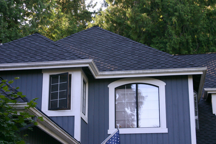 Sammamish Composition Roof Installation image